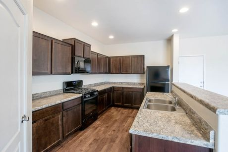 Kitchen-in-Snowflake-at-Rancho Mirage-in-Maricopa