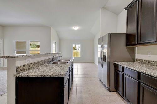 Kitchen-in-Kendall-at-Talise de Culebra-in-San Antonio