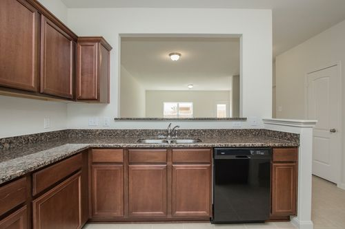 Kitchen-in-Driftwood-at-The Reserve at Park Lakes-in-Humble