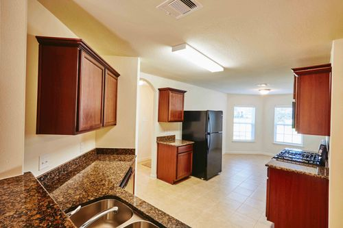 Kitchen-in-Pecos-at-Chase Run-in-Conroe