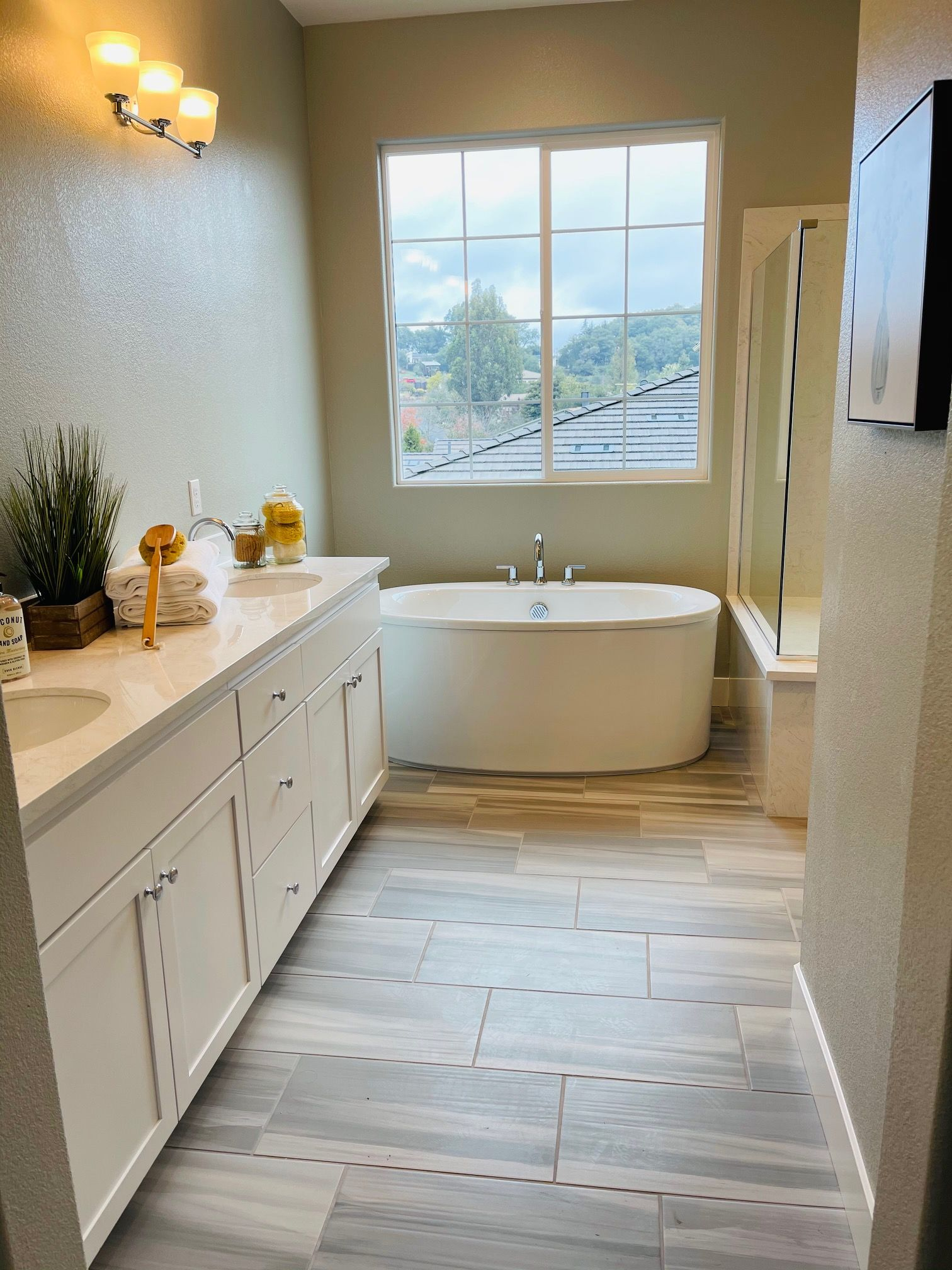 Bathroom featured in the Lot 14 By Lafferty Communities in Santa Rosa, CA