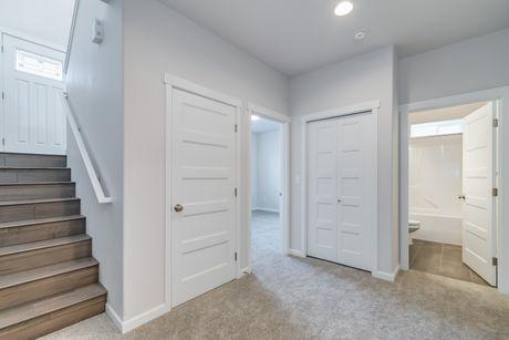 Foyer-in-Avon-at-Frazier Heights-in-Burlington