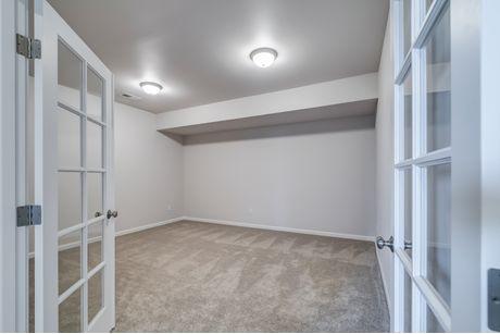Closet-in-Avon-at-Frazier Heights-in-Burlington