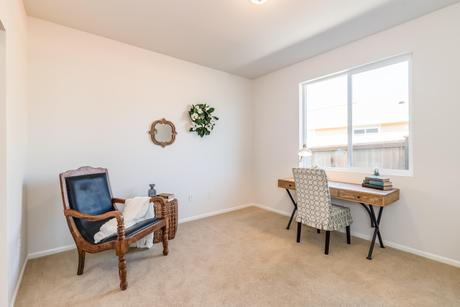 Study-in-Maple-at-Woodside Active Adult Community-in-Mount Vernon