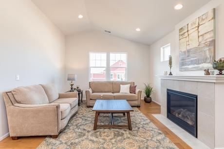 Greatroom-and-Dining-in-Maple-at-Woodside Active Adult Community-in-Mount Vernon