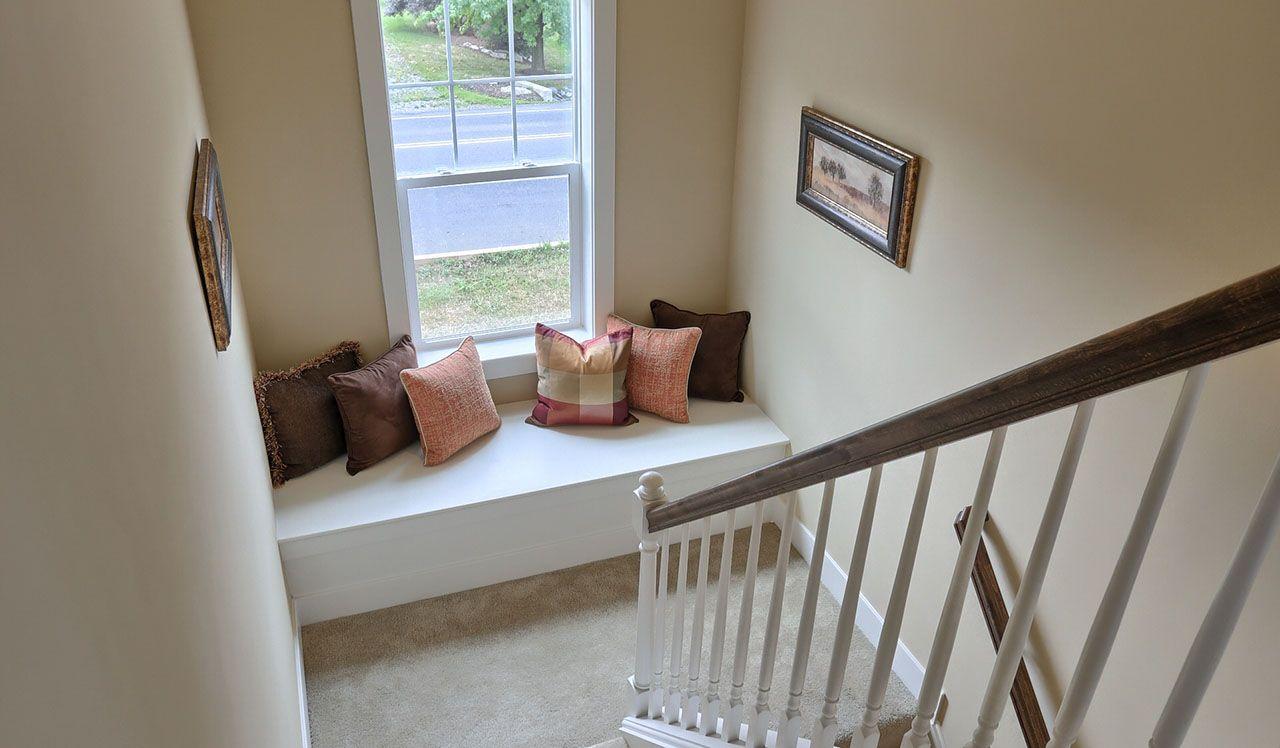 Darien Model Window Seat