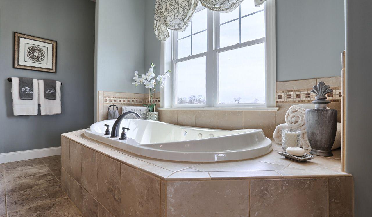Ellington Model Owner's Suite Bath