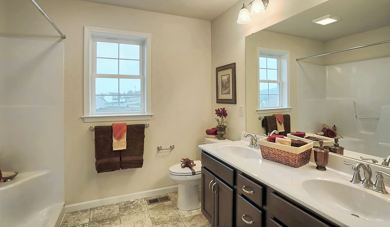 Chesapeake Owner's Bathroom