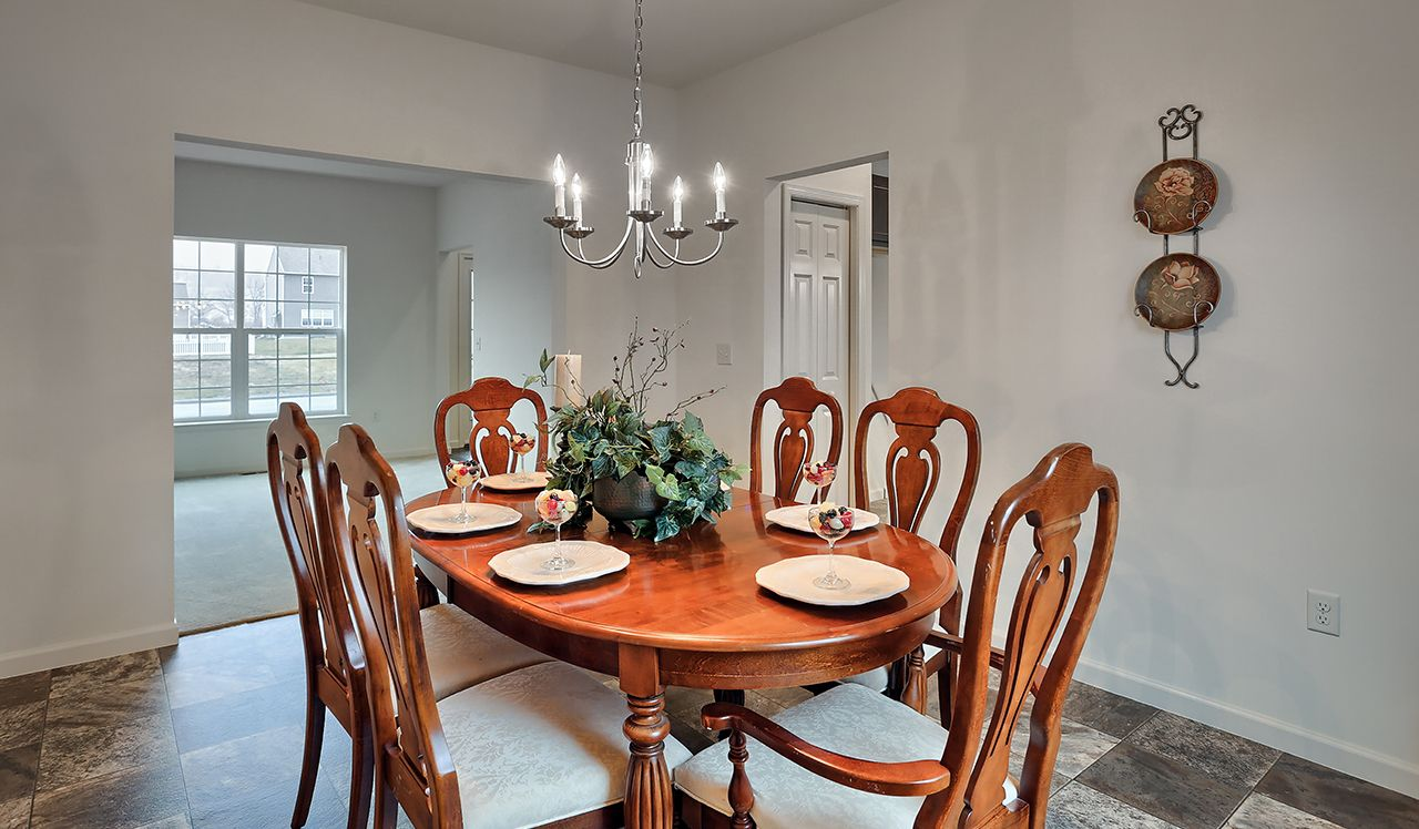 Ellendale Dining Room