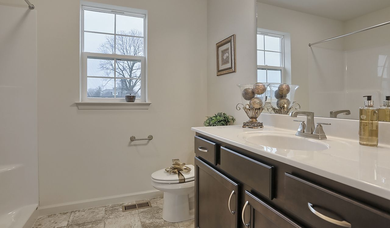 Ellendale Owners Bathroom