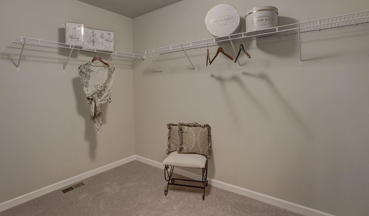Glenwood Owner's Closet