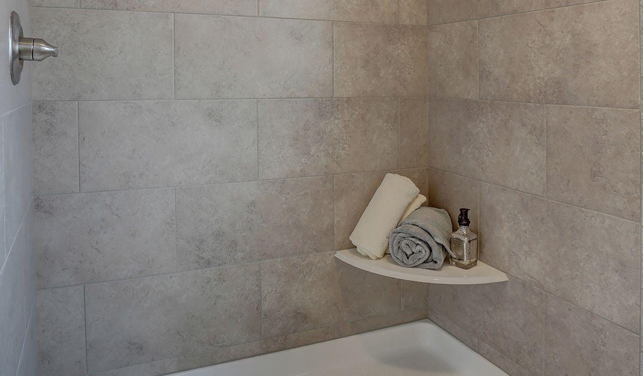 Glenwood Owner's Bathroom