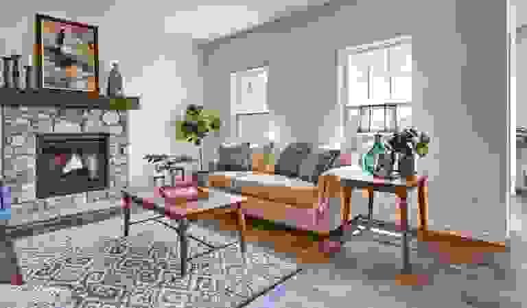 43844046-200519.jpg