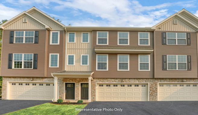 529 Brookshire Court (Linden)