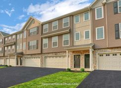 Linden - Hanbury Court: Mechanicsburg, Pennsylvania - Landmark Homes