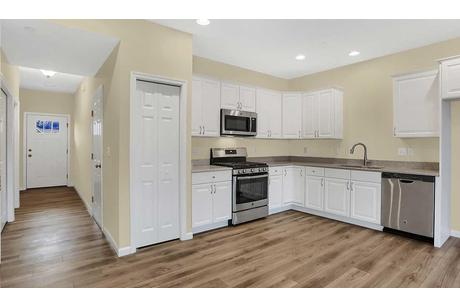Kitchen-in-Delaney-at-Hanbury Court-in-Mechanicsburg