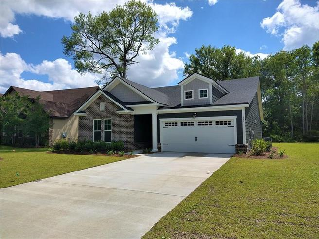 142 Clearwater Drive (Spring Valley)