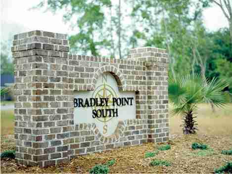 Bradley Point South Entrance monument