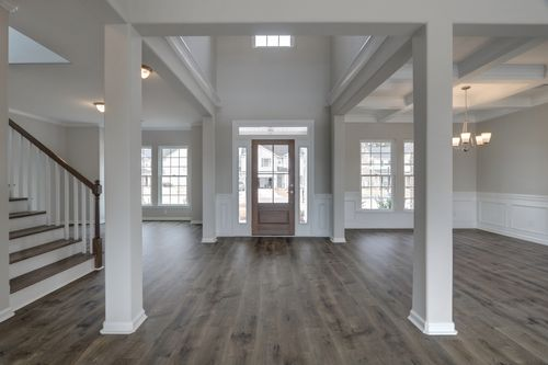 Foyer-in-Brookhaven-at-Forest Lakes-in-Pooler