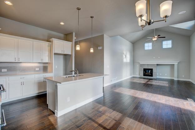 Devon:Kitchen/ Dining/ Living Room