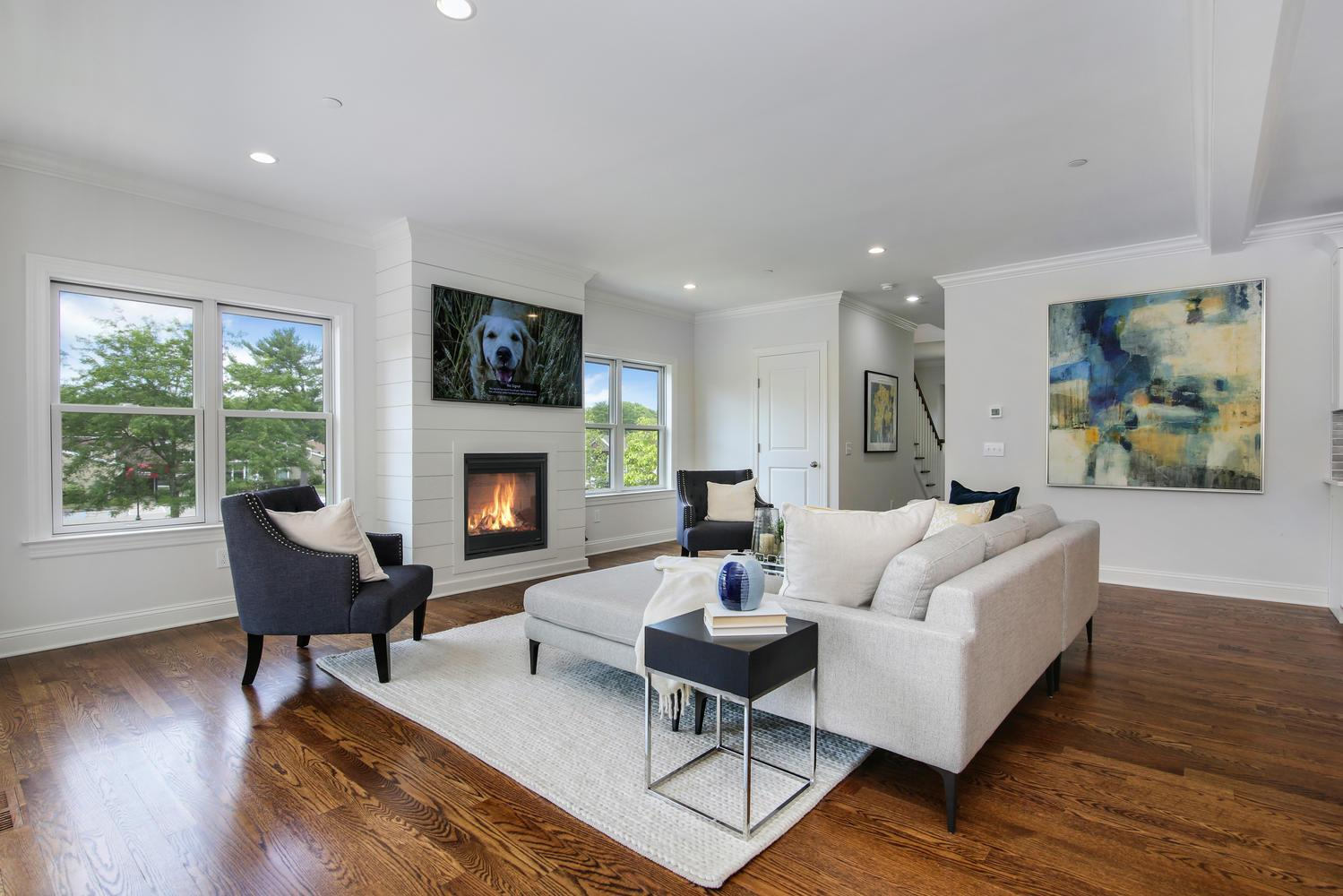 Living Area featured in the Dogwood By Laurel Ridge Development, Inc. in New York, NY