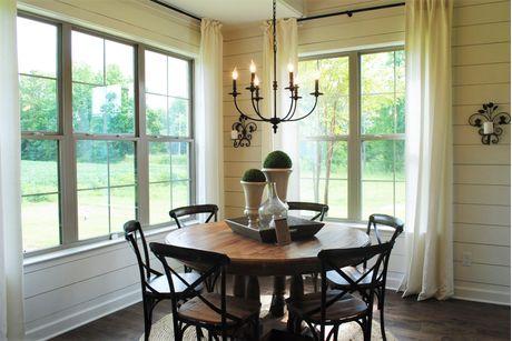 Breakfast-Room-in-Abbington-at-Shaws Creek Reserve-in-Rossville