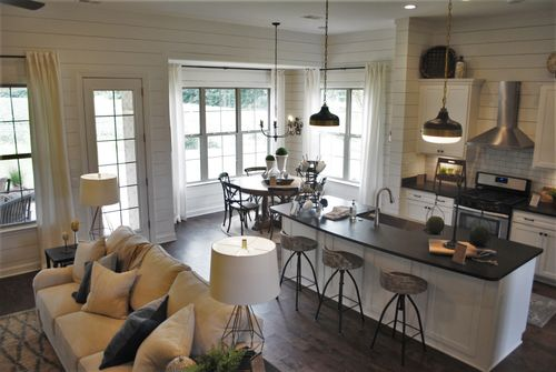 Greatroom-and-Dining-in-Abbington-at-Cross Creek-in-Oakland