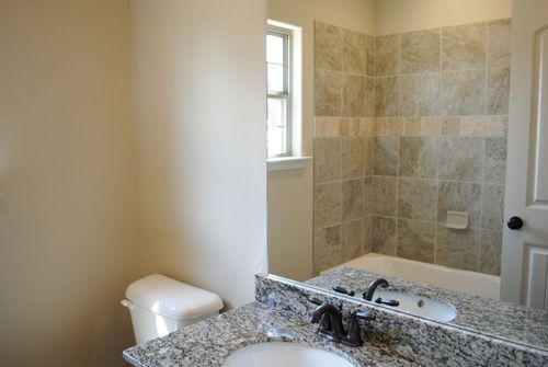 Bathroom-in-Knollwood-at-Hidden Springs-in-Oakland