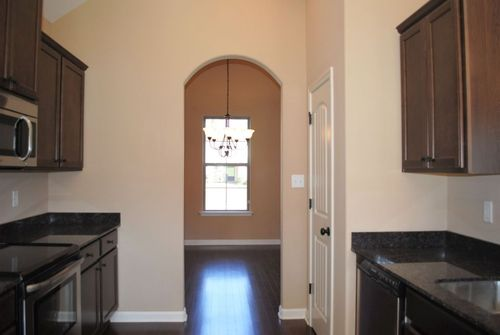 Wet-Bar-in-Newcastle-at-Fountain Brook-in-Cordova