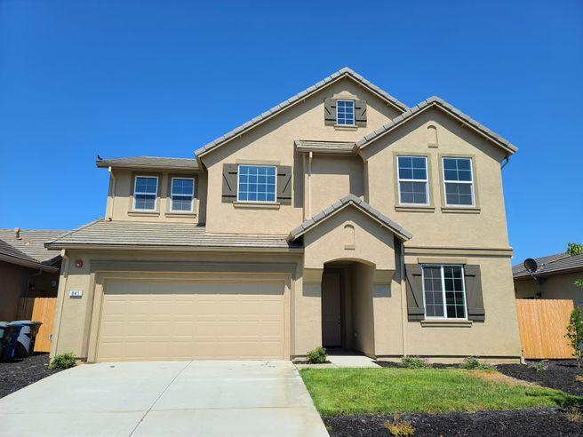 841 White Oak Drive (Residence 2438)