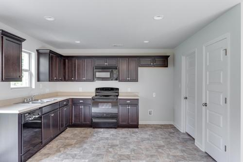 Kitchen-in-T1900-at-Bristol Creek-in-Owens Cross Roads