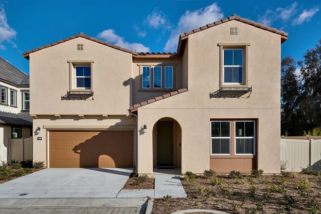 New Homes in Vista