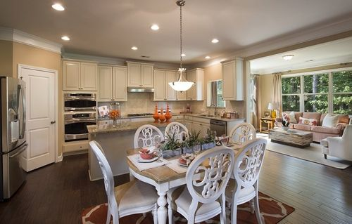 Kitchen-in-Avalon w/Basement-at-Hickory Manor-in-Woodstock