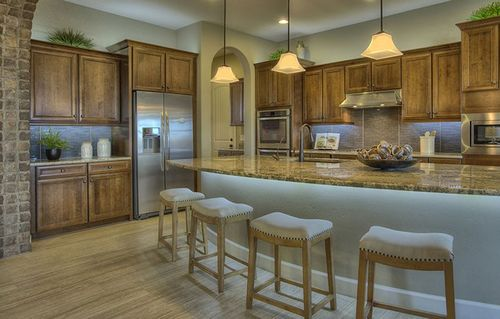 Kitchen-in-6523-at-Charleston Estates - The Enclave-in-Queen Creek