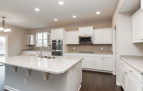 Kitchen-in-Oxford-at-Morningside - Fairhaven-in-Bargersville
