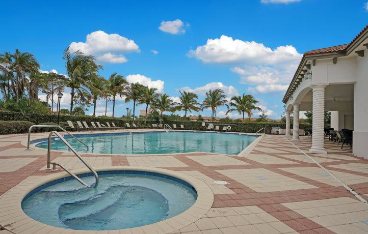 'Arbor Parc - Arbor Parc Townhomes' by Lennar - Palm Atlantic in Palm Beach County