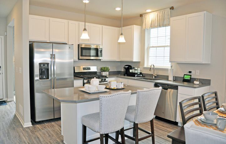 'Andare at Woodlore Estates' by Lennar - Chicago Homebuilding in Chicago