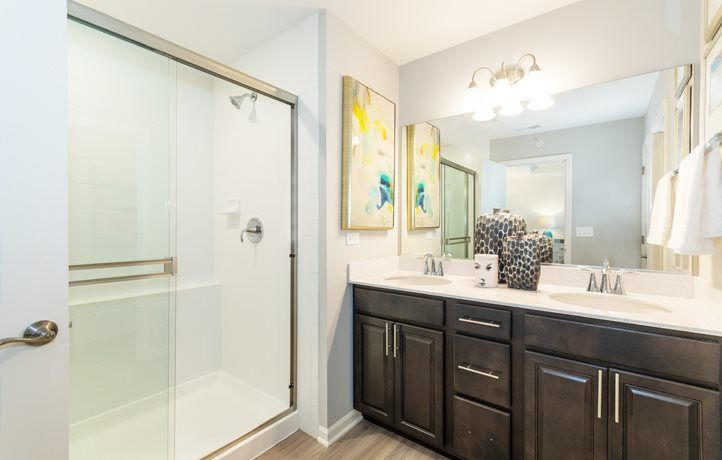 Bathroom featured in the Dunmore ei By Lennar in Chicago, IL