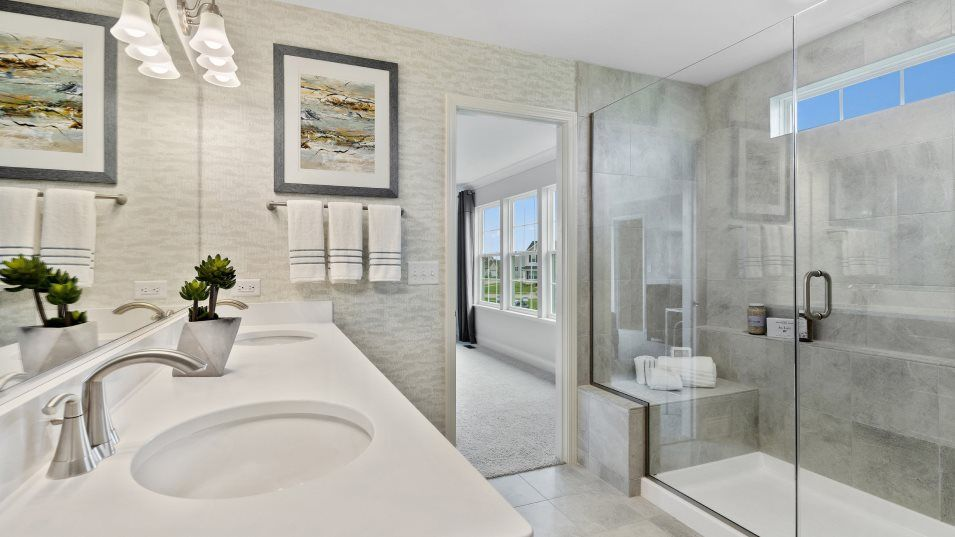 Bathroom featured in the Raleigh By Lennar in Chicago, IL