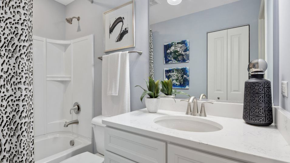 Bathroom featured in the Amherst By Lennar in Chicago, IL