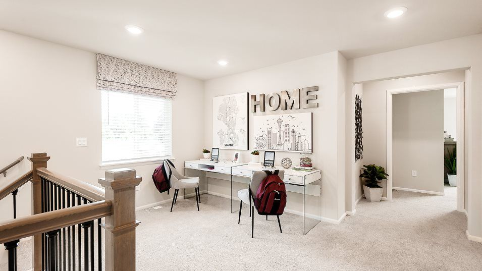 Living Area featured in the Sequoia II By Lennar in Seattle-Bellevue, WA