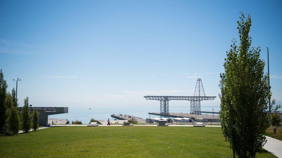 'The San Francisco Shipyard - Landing' by Lennar - Bay Area Urban in San Francisco