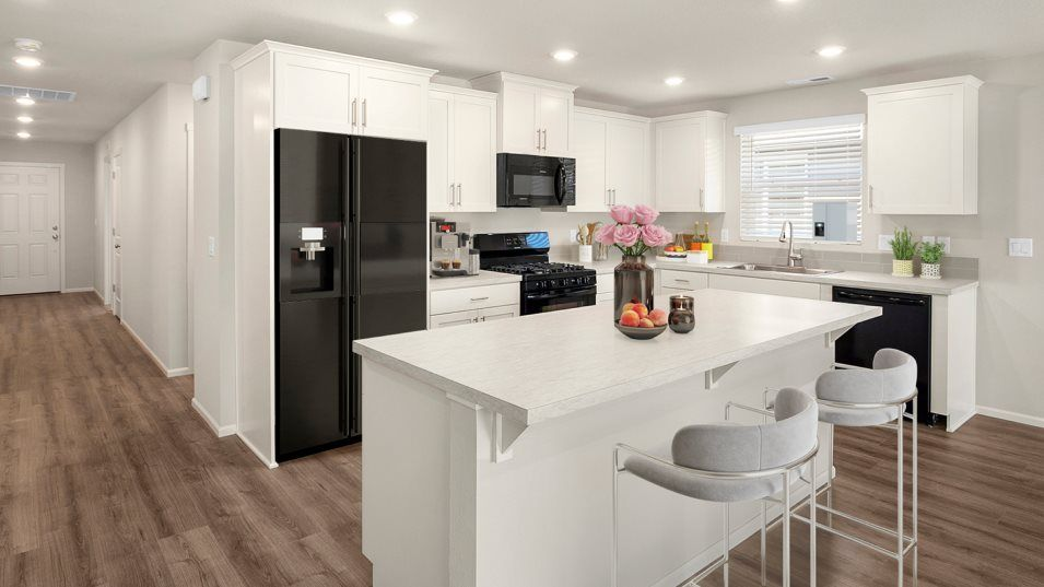 Kitchen featured in the Everett By Lennar in Salem, OR