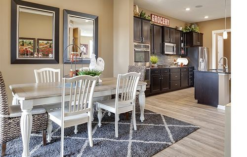 Kitchen-in-Cascade-at-Lemay Shores-in-Mendota Heights