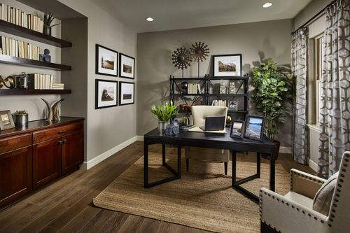Study-in-The Chandler-at-Somerset Meadows-in-Longmont