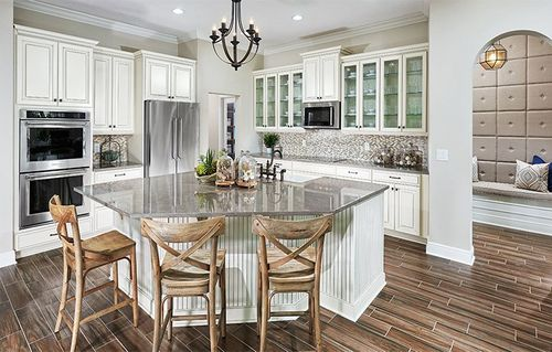 Kitchen-in-4041-A BEDFORD II-at-Windstone-in-Windermere