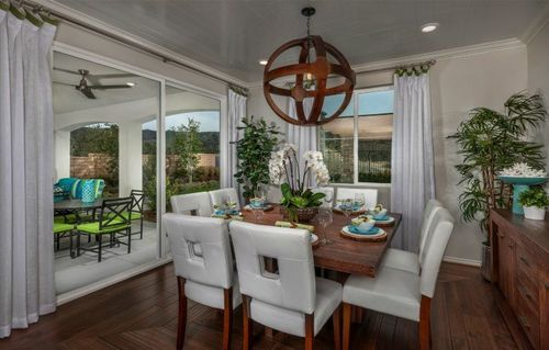 Dining-in-Residence Two-at-The Woodlands - Arbor Heights-in-Simi Valley