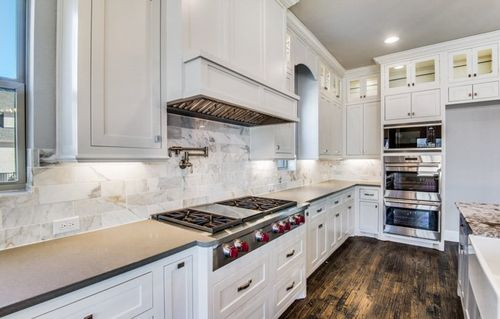 Kitchen-in-Donegal-at-Shady Oaks-in-Southlake