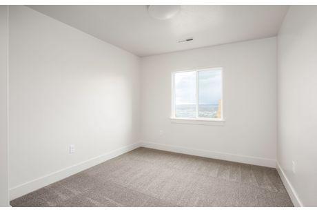 Empty-in-Jasper-at-Bella Vida-in-North Salt Lake
