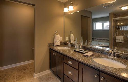 Bathroom-in-Snelling-at-Ravinia - Ravinia Landmark Collection-in-Corcoran